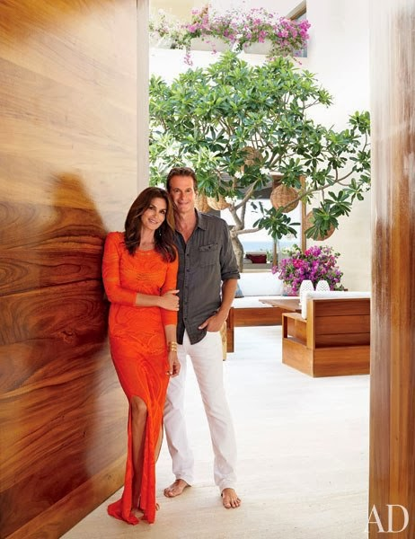 item0.rendition.slideshowWideVertical.cindy-crawford-rande-gerber-02-portrait-los-cabos-home