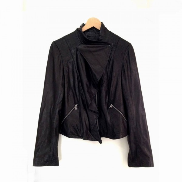 YB e-boutqiue, pick of the week, designer, leather, Diane Von Furstenberg, instagram, facebook, for sale, womens fashion, shop, buy it, online, e-boutique, yellow button, make an offer, sbyb