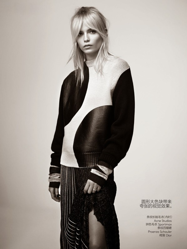 natasha-poly-by-willy-vanderperre-for-vogue-china-may-2014-4