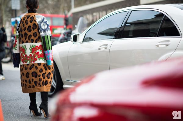 6690-Le-21eme-Adam-Katz-Sinding-Miroslava-Duma-Vodafone-London-Fashion-Week-Fall-Winter-2014-2015_AKS9049