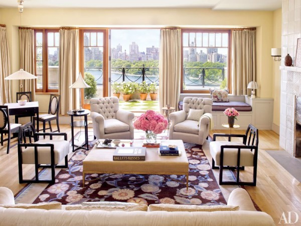 item1.rendition.slideshowVertical.bette-midler-manhattan-penthouse-03-living-area