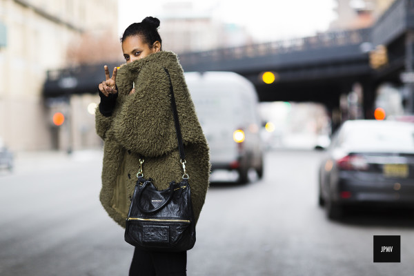 Jaiperdumaveste_Nabile-Quenum_StreetStyle_Grace-Mahary_Mercedes-Benz-New-York-FashionWeek-Fall-Winter-2015_-4065