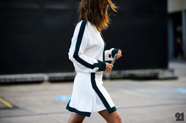 9541-Le-21eme-Adam-Katz-Sinding-Christine-Centenera-Mercedes-Benz-Fashion-Week-Australia-Spring-Summer-2015-2016_AKS7388