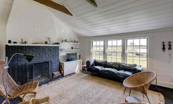 1441131507-julianne-moore-montauk-house-5