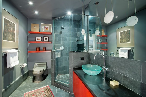 Anne-Hathaway-New-York-City-Condo-Bathroom