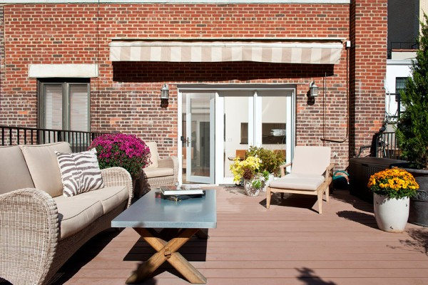 Anne-Hathaway-New-York-City-Condo-Patio