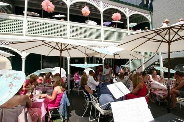 madame-brussels-melbourne-pubs-bars-45d5-938x704
