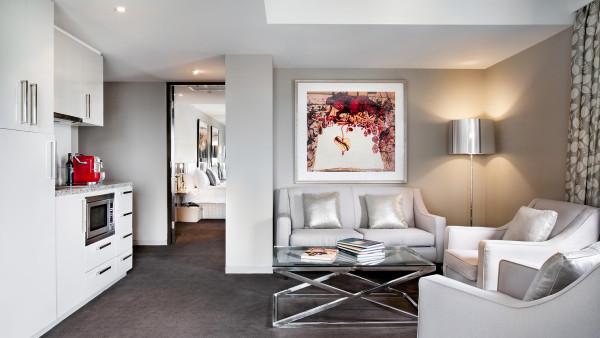 ArtOlsen_Room01_property_banner