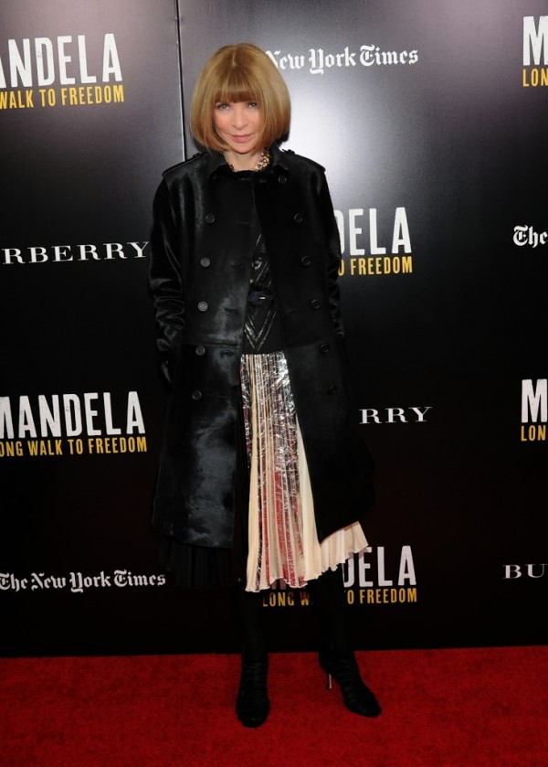 Anna-Wintour-wearing-Burberry-at-the-Mandela-Long-Walk-to-Freedom-screening-supported-by-Burberry