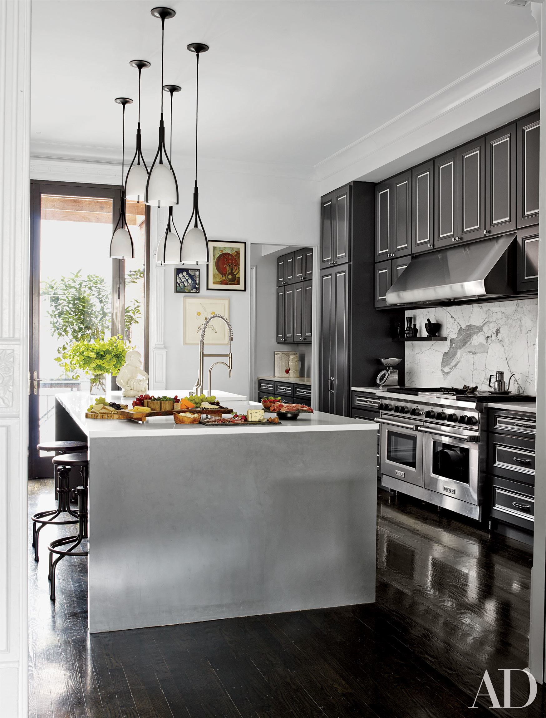 Celebrity Kitchens with Incredible Style - Personal Stylist | Style ...